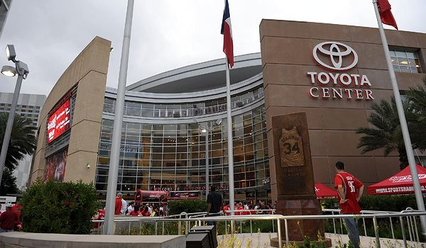 toyota_center